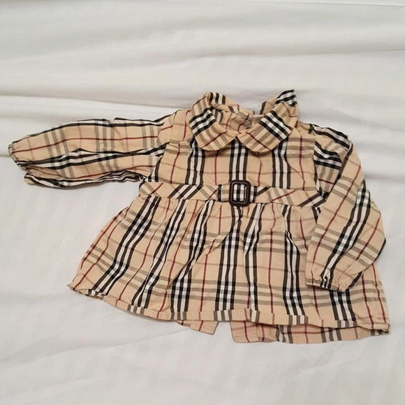 8b42f19ff242f Burberry Other - Burberry - Baby Girl Top